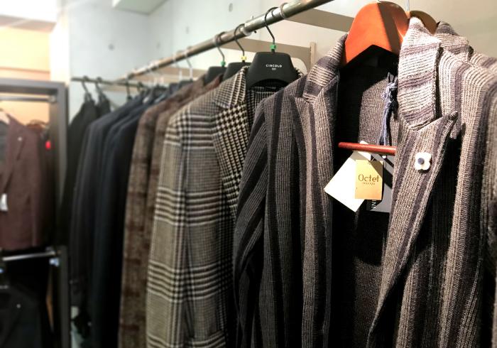 実際試着した服などはご購入可能です。